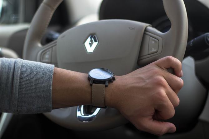 Renault vrea să-și surclaseze rivalii de la Toyota și Volkswagen