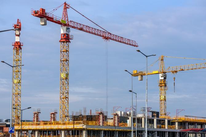 Ministrul Finanțelor spune că spitalele se vor începe să fie construite
