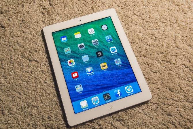 Prețul de pornire al tabletei Apple este de 500 de dolari