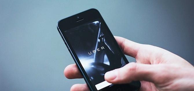 Clever vrea pastrarea serviciilor de ride-sharing