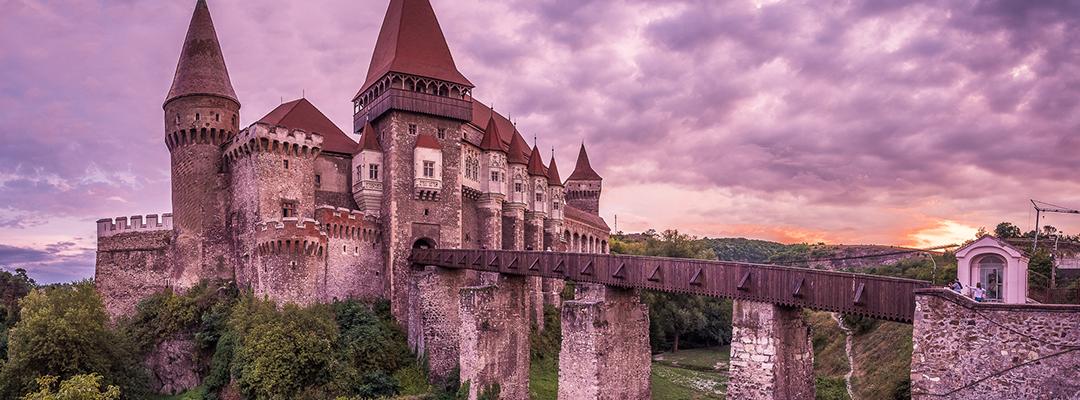 Castelul Huniazilor, Romania