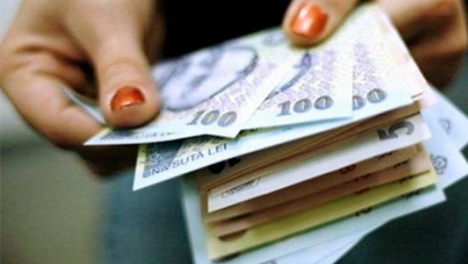 Banii falși au fost confiscați de polițiști