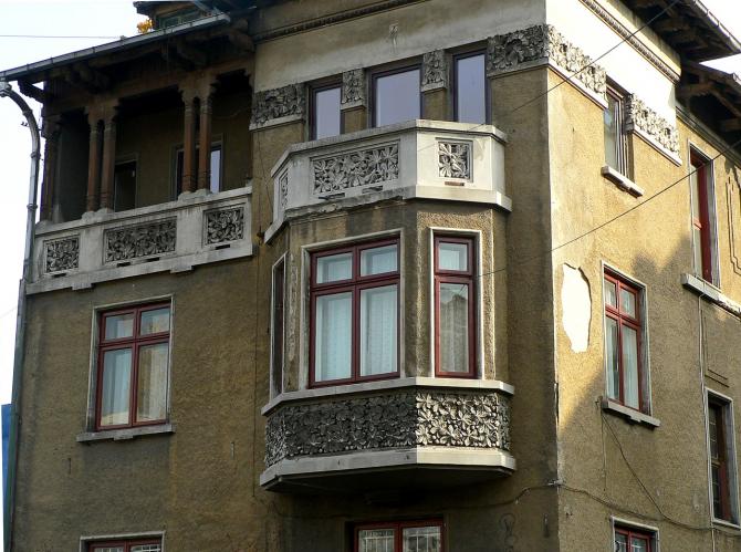 Clădirile noi, dar şi cele existente care vor fi supuse unei renovări majore trebuie să respecte