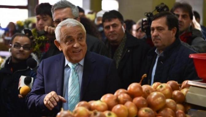 Ministrul afirmă că, de Paste, orice om vrea să respecte tradiția