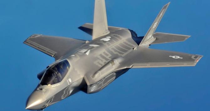 Este unul dintre cele mai performante avioane din lume