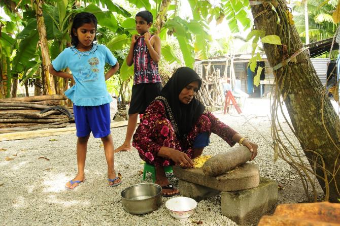 Locuitorii din Maldive au ajuns datori vânduți chinezilor
