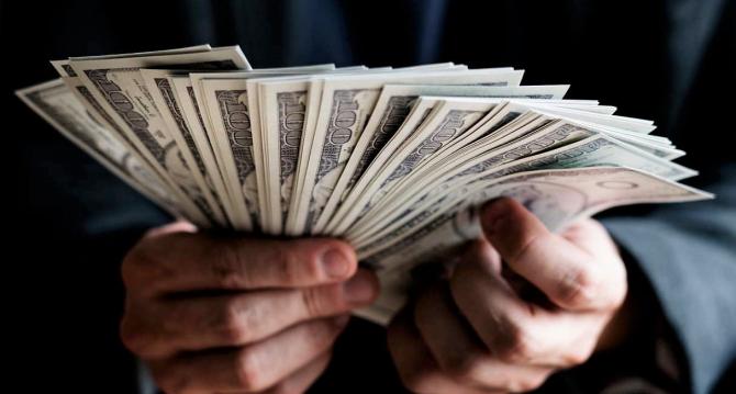 Nerăbdarea de a intra mai repede în posesia banilor