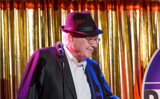 Warren Buffett, unul dintre cei mai de succes invetitori ai lumii