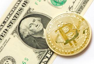 Bitcoin revine pe creștere