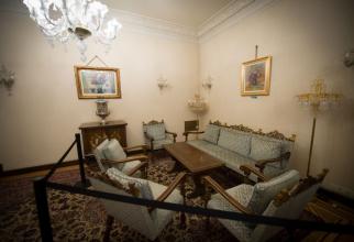 Interior din vila din Primăverii