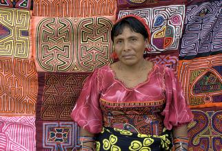 Femeie din tribul Kuna