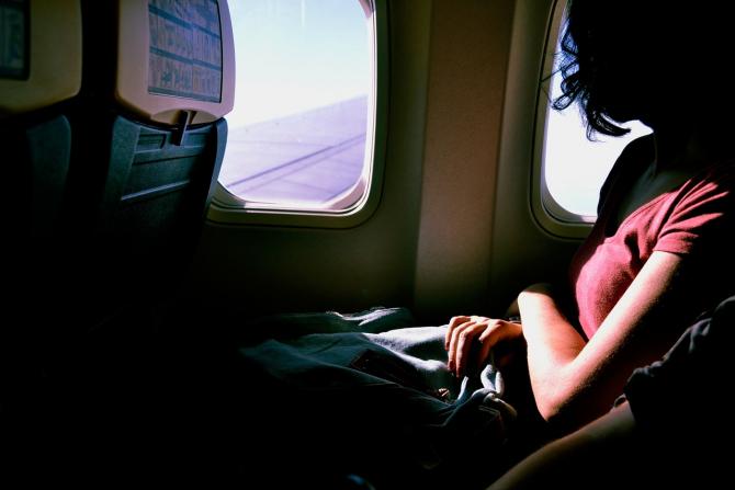 Masca de oxigen îți poate salva viața în avion