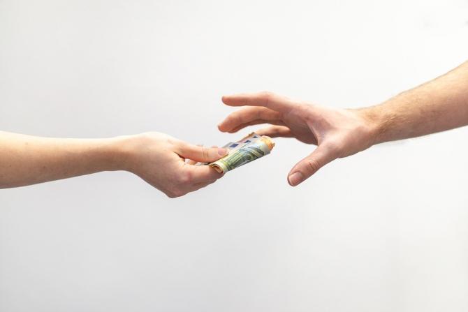 Transfer de bani fara costuri