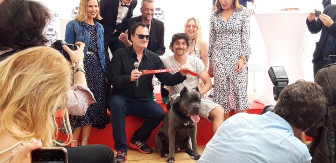 Quentin Tarantino a preluat premiul Palm Dog