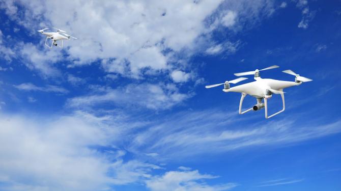 Dronele sunt o variantă mai ieftină pentru tranportul organelor pentru transplant