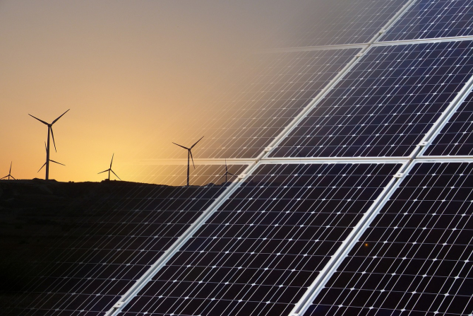 Energia regenerabilă, principala sursă de electricitate în România