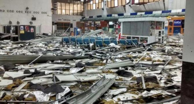 Ciclonul Fani a provocat dezastru iar un milion de oameni au fost evacuați