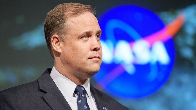 Șeful NASA chiar nu are chef de glume