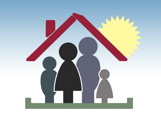 Prima casă de vine O familie, o casa