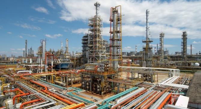 Afacerile din industrie s-au majorat cu 6,6%, în T1;industriile extractivă şi prelucrătoare au contribuit la această creştere