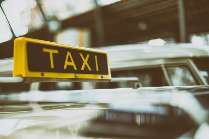 Petiție pentru susținerea companiilor de ride sharing