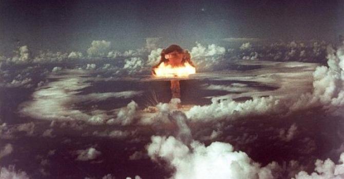 În acea perioadă au fost efectuate numeroase teste nucleare