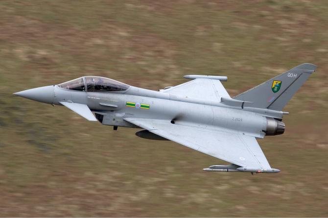 Avion Typhoon al aviației militare britanice