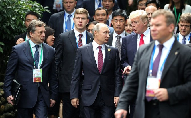Vladimir Putin si Donald Trump