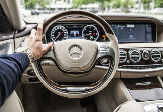 60.000 de mașini Mercedes Benz, rechemate