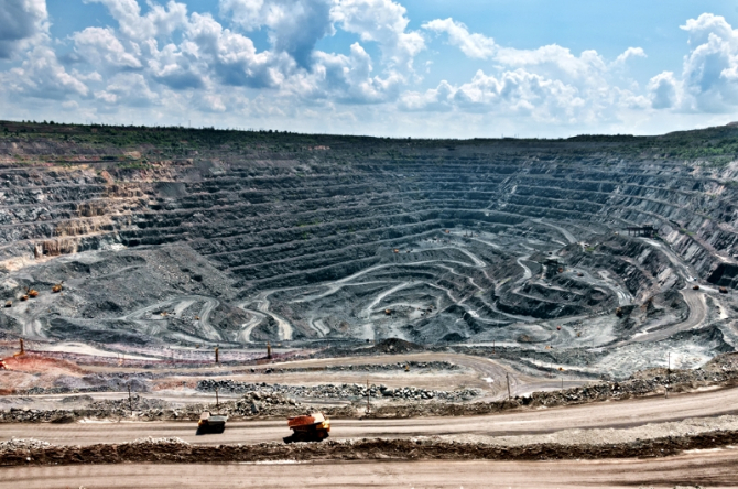 Rusii pot devenii unul dintre cei mai mari furnizori de metale rare din lume