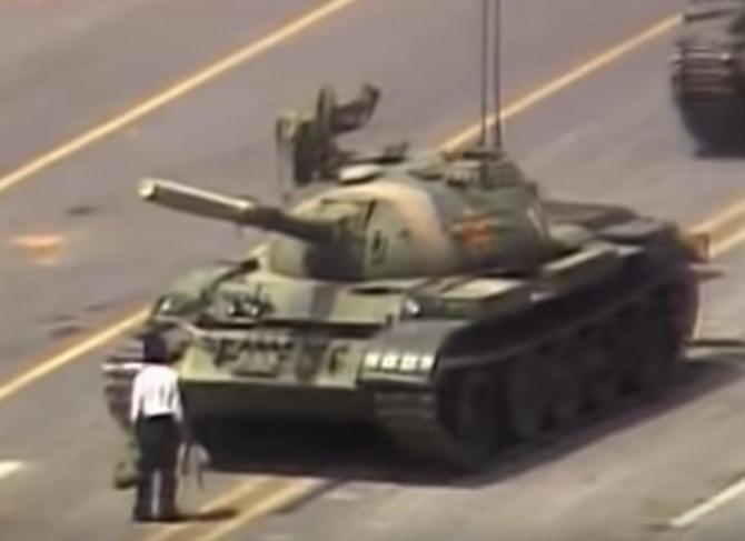 Reprimarea sângeroasă de la Beijing a fost explicata oficial, după 30 de ani