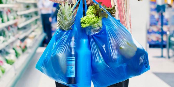 Se va taxa orice tip de pungi de plastic