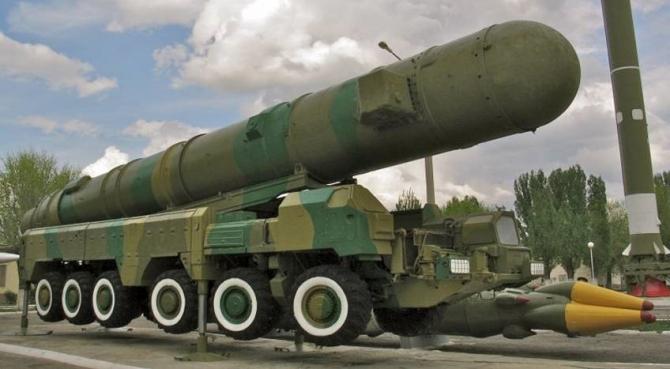 NATO avertizează, Rusia se înarmează