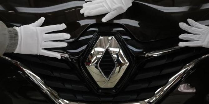 Acţiunile Renault au crescut luni