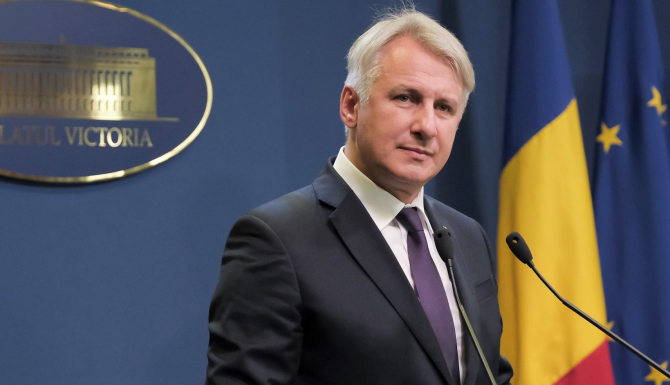 Ministrul român de Finanțe, Eugen Teodorovici