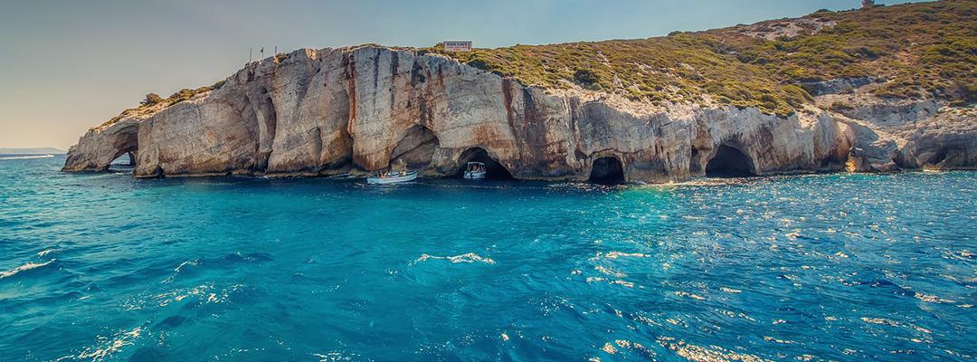 Grotele albastre, Grecia