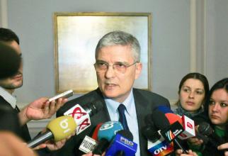 Daniel Dăianu spune că vaccinarea este cea mai bună investiție