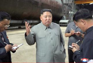 Kim Jong Un a vizitat noul submarin militar al Coreei de Nord