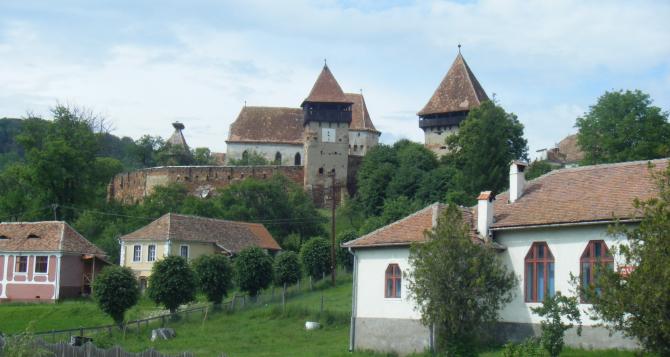 Biserica datează de la începutul secolului al XIV-lea