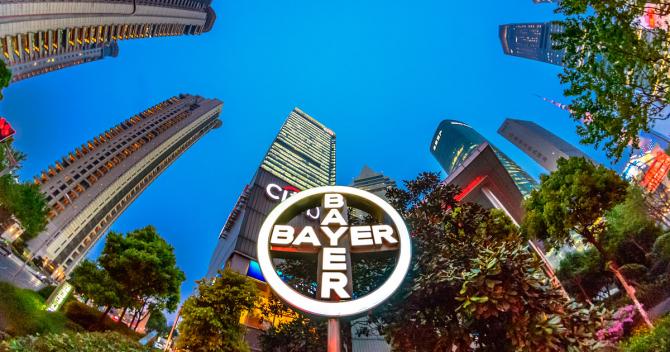 Bayer și BASF se confruntă cu probleme majore
