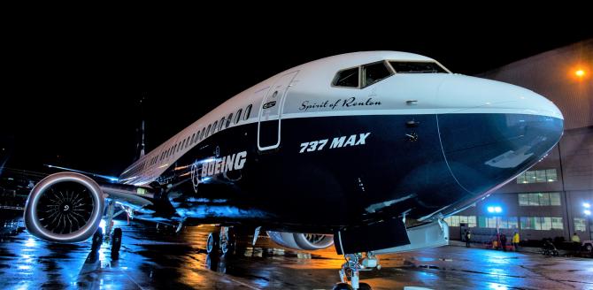 Boeing plătește scump problemele cu modelul 737 MAX