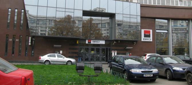 BRD - Groupe Societe Generale a luat decizia de a oferi gratuit, timp de trei luni, serviciile de Internet şi Mobile Banking