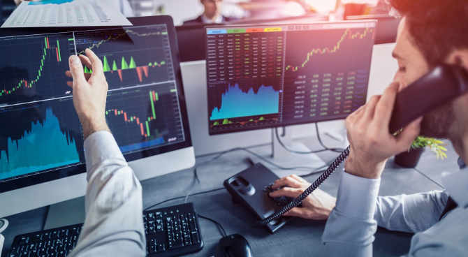 Bursa a dechis pe verde