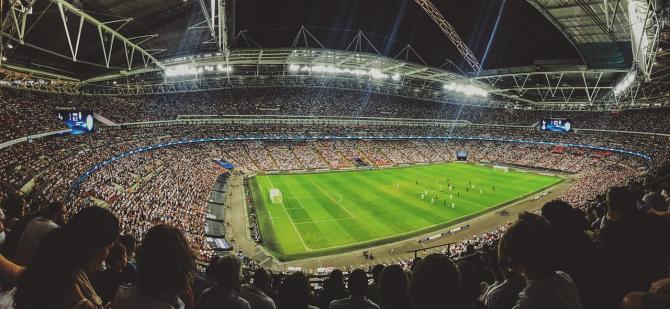 Pandemia ar putea costa fotbalul mondial aproximativ 14 miliarde de dolari