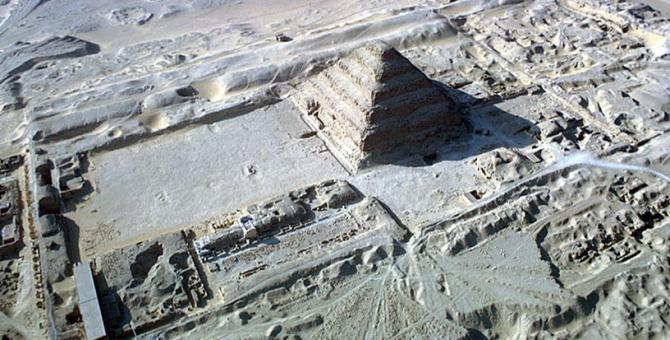 Multe secrete ascunse în Egipt