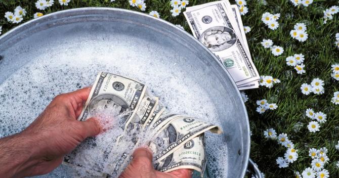Este vorba de corupție și spălare de bani