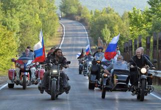 Vladimir Putin și Lupii Negri
