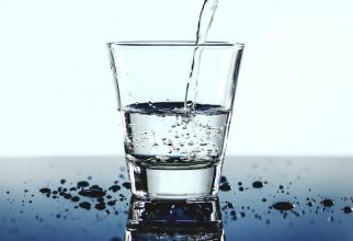 Nu este recomandat consumul regulat de apă demineralizată