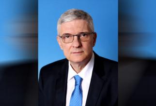 Daniel Dăianu. Preşedintele Consiliului Fiscal a amintit că datoria publică în zona Europei a crescut foarte mult, peste ocean la fel, iar în România a urcat de la 35% din PIB, în 2019, la 47,3% la finele lui 2020.