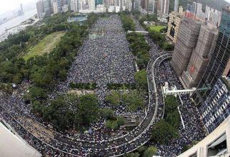 Protest uriaș în Hong Kong